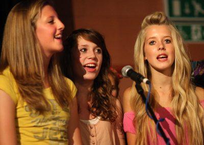 Grace Molly Isla Singing